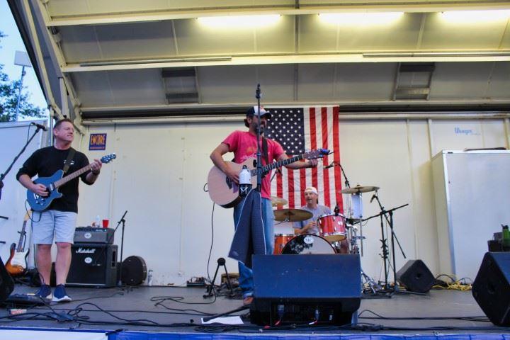 Centennial Savin Rock Festival Day 1 048 II (Small)